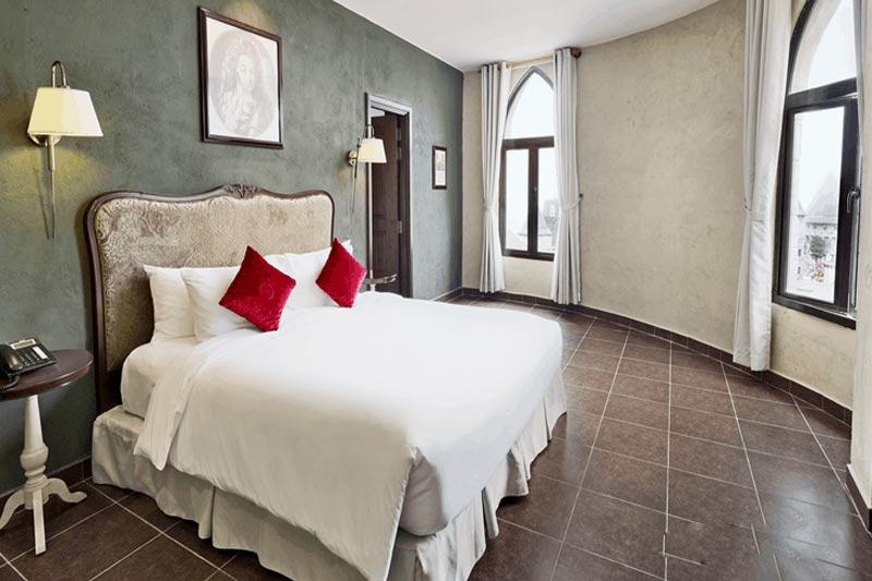 khách sạn Bà Nà Hills
